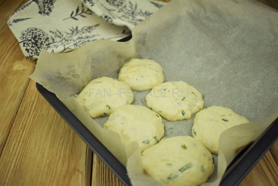 Приготовление хлебных булочек с базиликом, шаг 5
