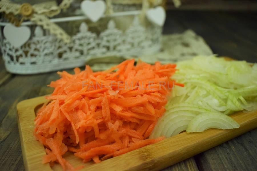 Приготовление тонкой вермишели с овощами и свининой, шаг 4