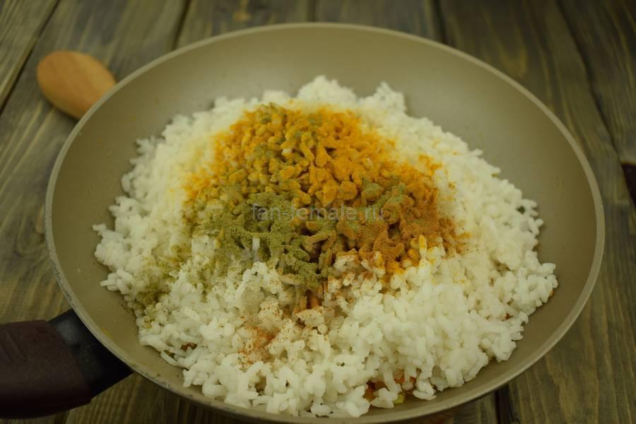 Приготовление перцев, фаршированных пряным рисом, шаг 5
