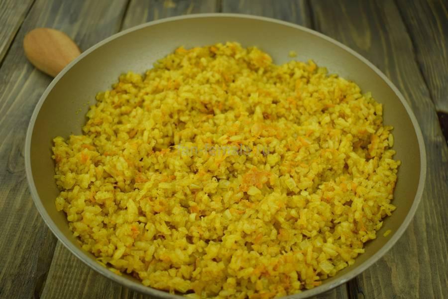 Приготовление перцев, фаршированных пряным рисом, шаг 6