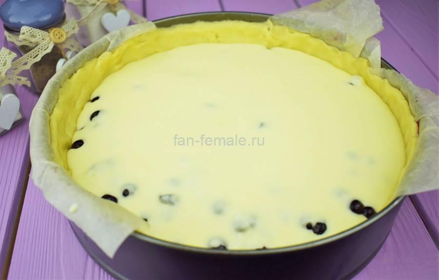 Приготовление пирога из двух видов теста с черной смородиной, шаг 5