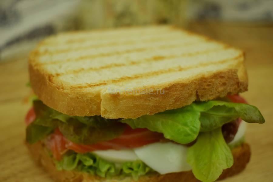 Приготовление сэндвичей с семгой, яйцом, салатом, майонезом, шаг 6