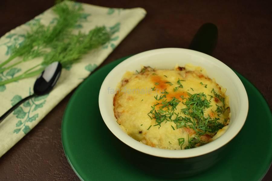 Вешенки в сливочном соусе под сыром