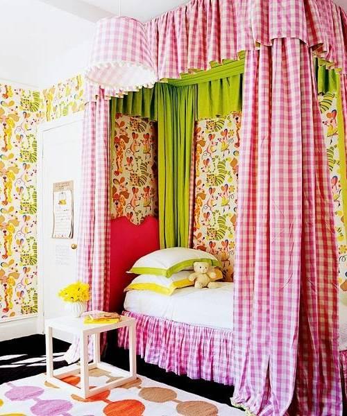 Ярко оформленная детская комната