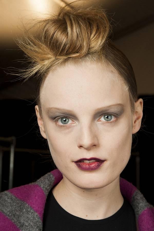 Модный пучок на показе Marc Jacobs