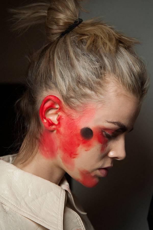 Модный пучок на показе Vivienne Westwood Red Label