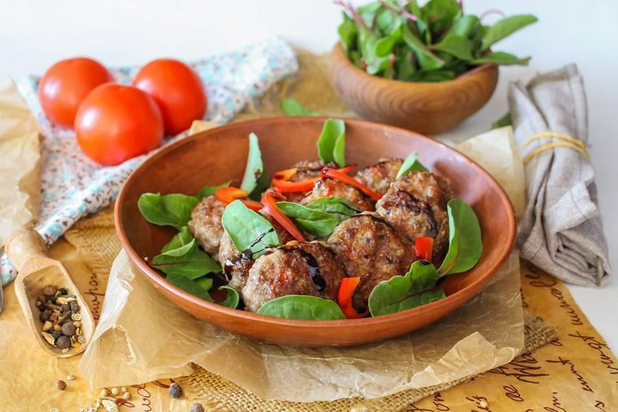 Мясные котлеты с болгарским перцем