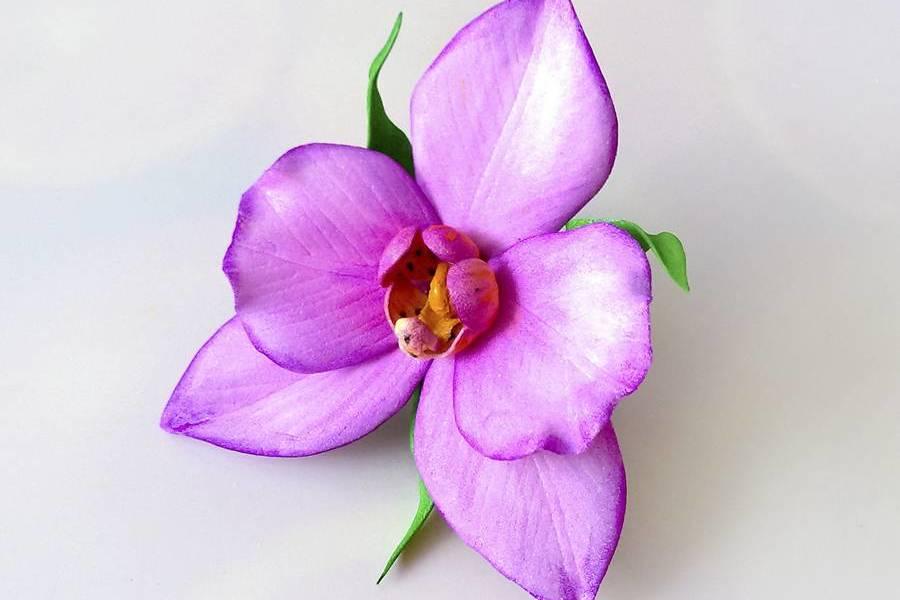 Резинка для волос с орхидеей из фоамирана
