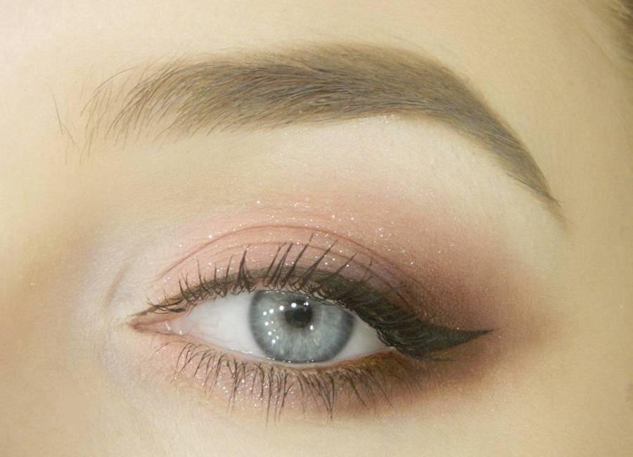 Макияж глаз в карандашной технике