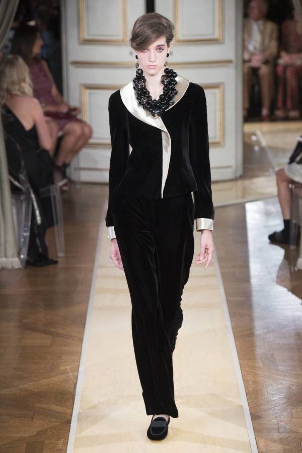Коллекция Armani Prive осень-зима 2018–2019 на Неделе высокой моды в Париже выход 11