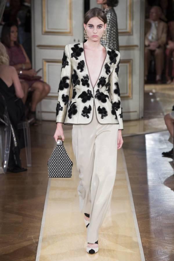 Коллекция Armani Prive осень-зима 2018–2019 на Неделе высокой моды в Париже выход 17