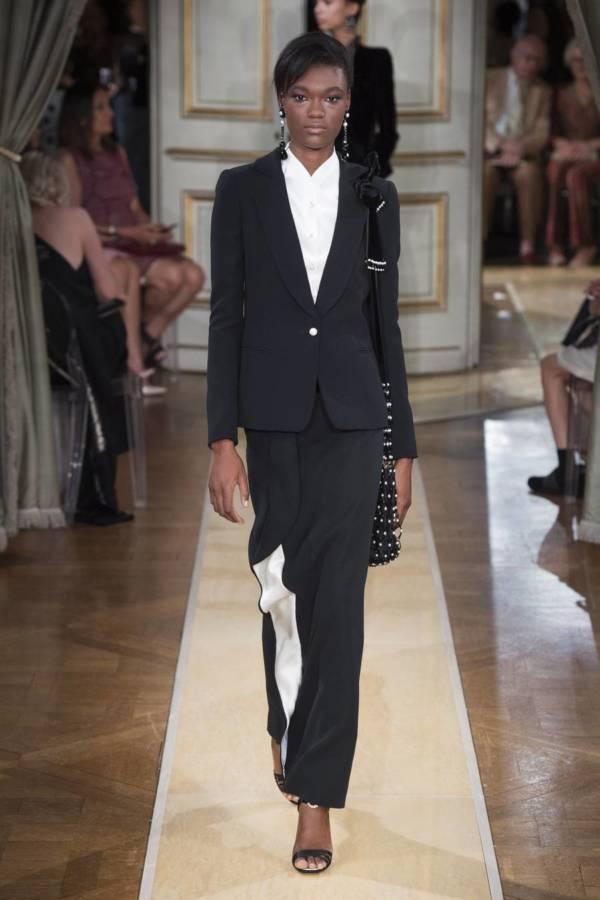Коллекция Armani Prive осень-зима 2018–2019 на Неделе высокой моды в Париже выход 26