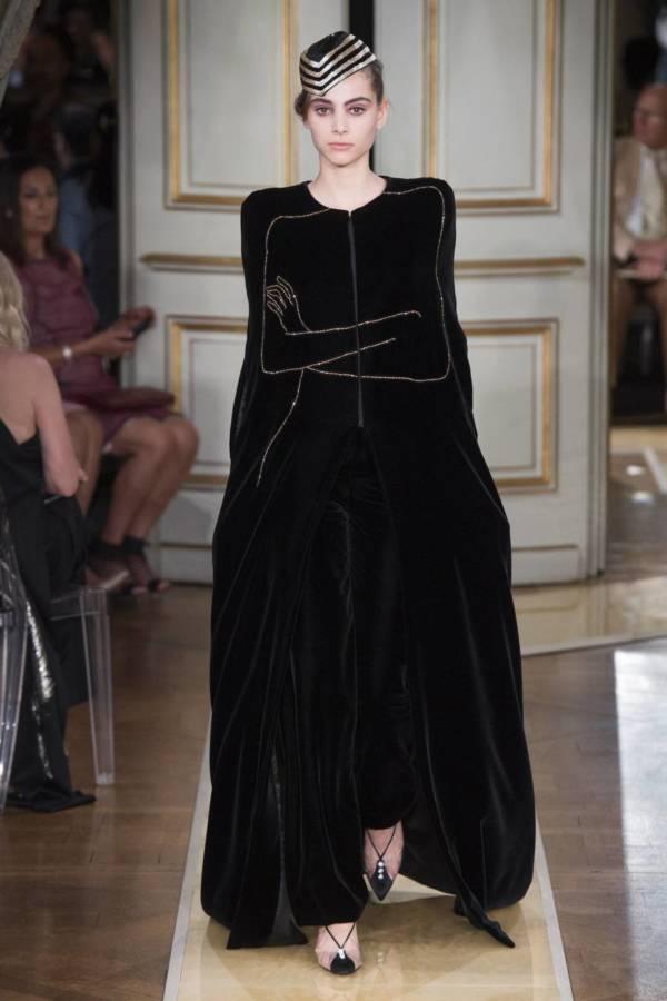 Коллекция Armani Prive осень-зима 2018–2019 на Неделе высокой моды в Париже выход 29