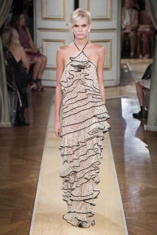 Коллекция Armani Prive осень-зима 2018–2019 на Неделе высокой моды в Париже выход 30