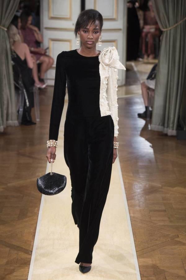 Коллекция Armani Prive осень-зима 2018–2019 на Неделе высокой моды в Париже выход 31