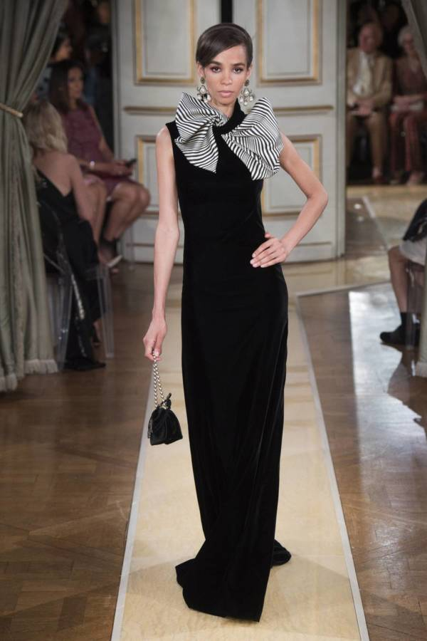 Коллекция Armani Prive осень-зима 2018–2019 на Неделе высокой моды в Париже выход 34