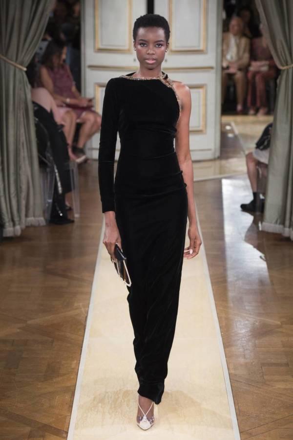 Коллекция Armani Prive осень-зима 2018–2019 на Неделе высокой моды в Париже выход 37