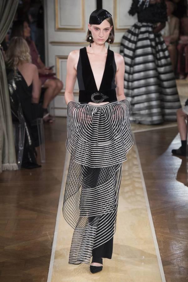 Коллекция Armani Prive осень-зима 2018–2019 на Неделе высокой моды в Париже выход 42