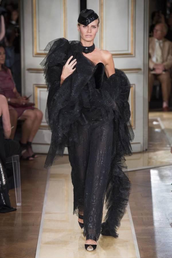 Коллекция Armani Prive осень-зима 2018–2019 на Неделе высокой моды в Париже выход 48