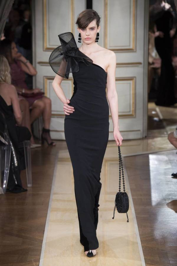 Коллекция Armani Prive осень-зима 2018–2019 на Неделе высокой моды в Париже выход 51