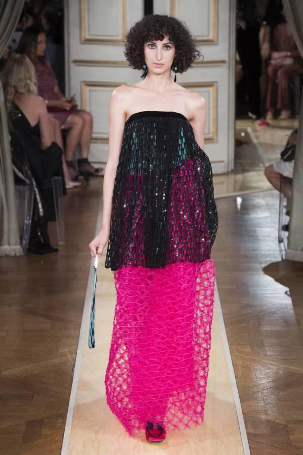 Коллекция Armani Prive осень-зима 2018–2019 на Неделе высокой моды в Париже выход 61