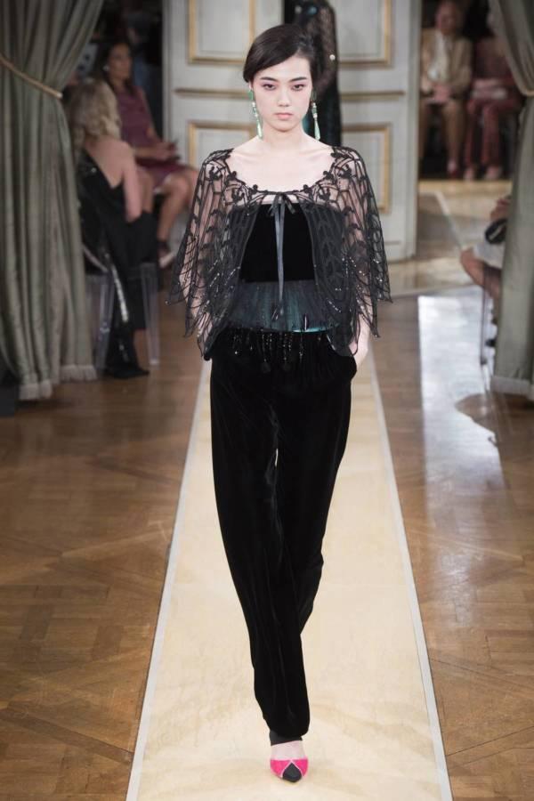 Коллекция Armani Prive осень-зима 2018–2019 на Неделе высокой моды в Париже выход 62