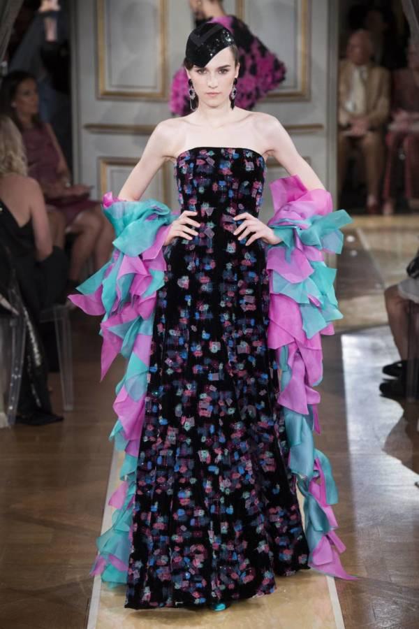 Коллекция Armani Prive осень-зима 2018–2019 на Неделе высокой моды в Париже выход 67