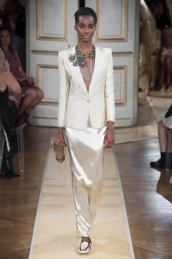 Коллекция Armani Prive осень-зима 2018–2019 на Неделе высокой моды в Париже выход 7