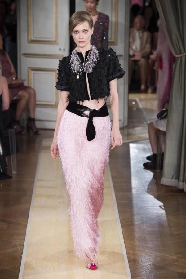 Коллекция Armani Prive осень-зима 2018–2019 на Неделе высокой моды в Париже выход 71