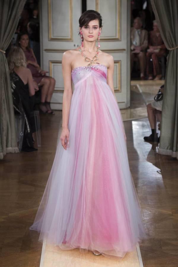 Коллекция Armani Prive осень-зима 2018–2019 на Неделе высокой моды в Париже выход 80