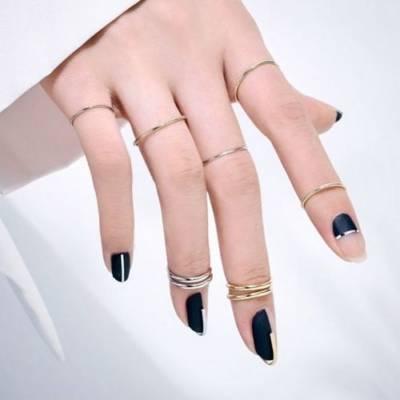 Ногти с кольцами Unistella